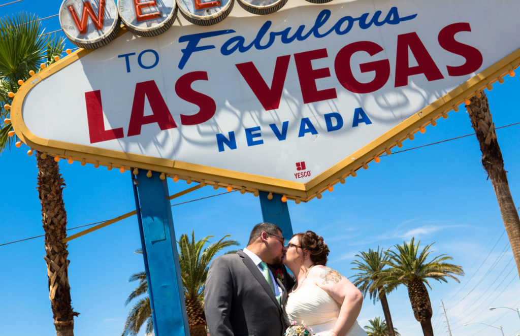Get married in the incredible Las Vegas!